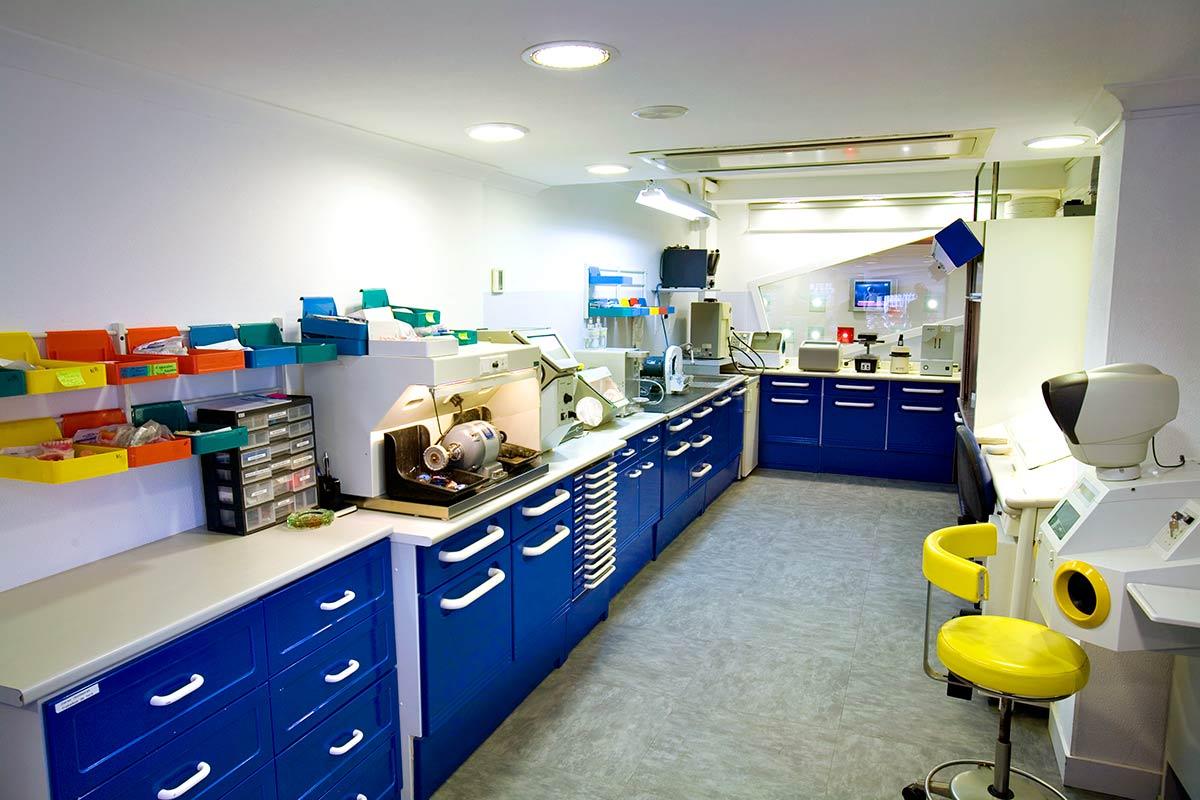 Laboratorio Clínica Médica e Dentária