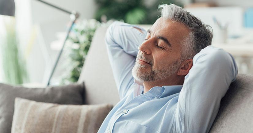 No hagas esfuerzos físicos al menos durante las 12 horas posteriores a la extracción dental