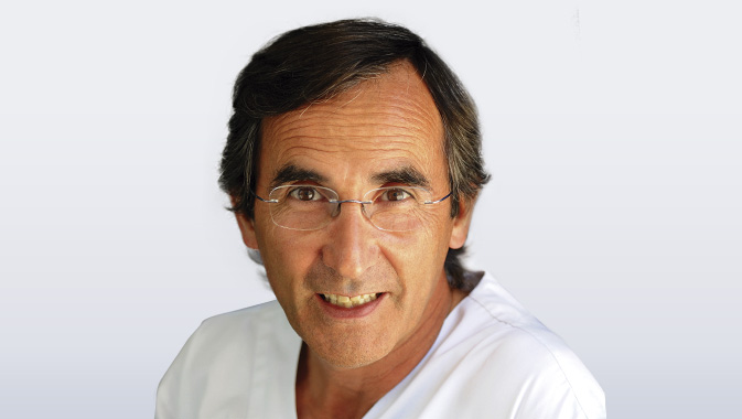 Dr. Carlos García Soler