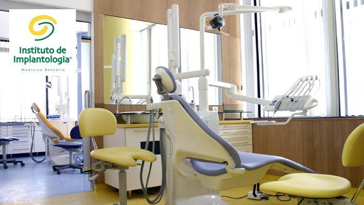 Fotografía de portada del instituto de implantologia