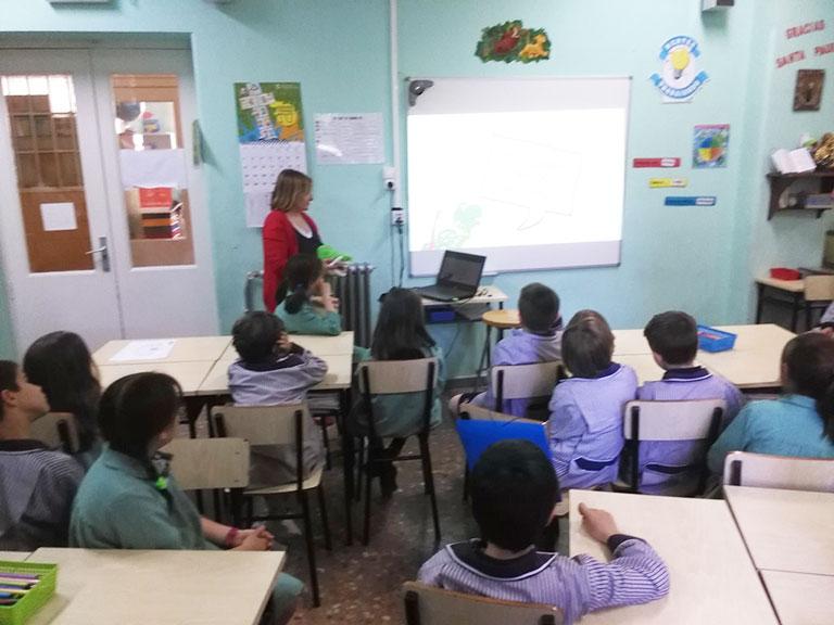 Clínica Loscos participando en la campaña dental escolar