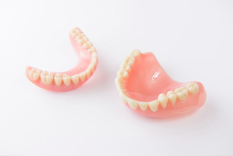 Prótesis parcial removible