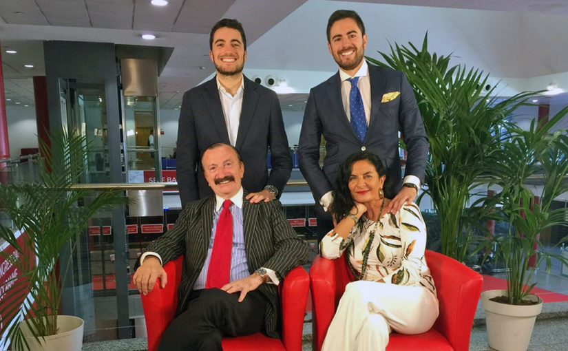 El Dr Jaime Gil Nombrado Mejor Dentista Del Año Por El Consejo General De Dentistas Bqdc