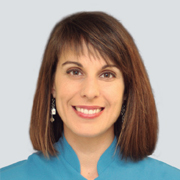 Clínica Dental Julián y Valderas - Dra. Sara Valderas