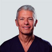 Clínica Dental Vela-Segalá - Xavier Vela